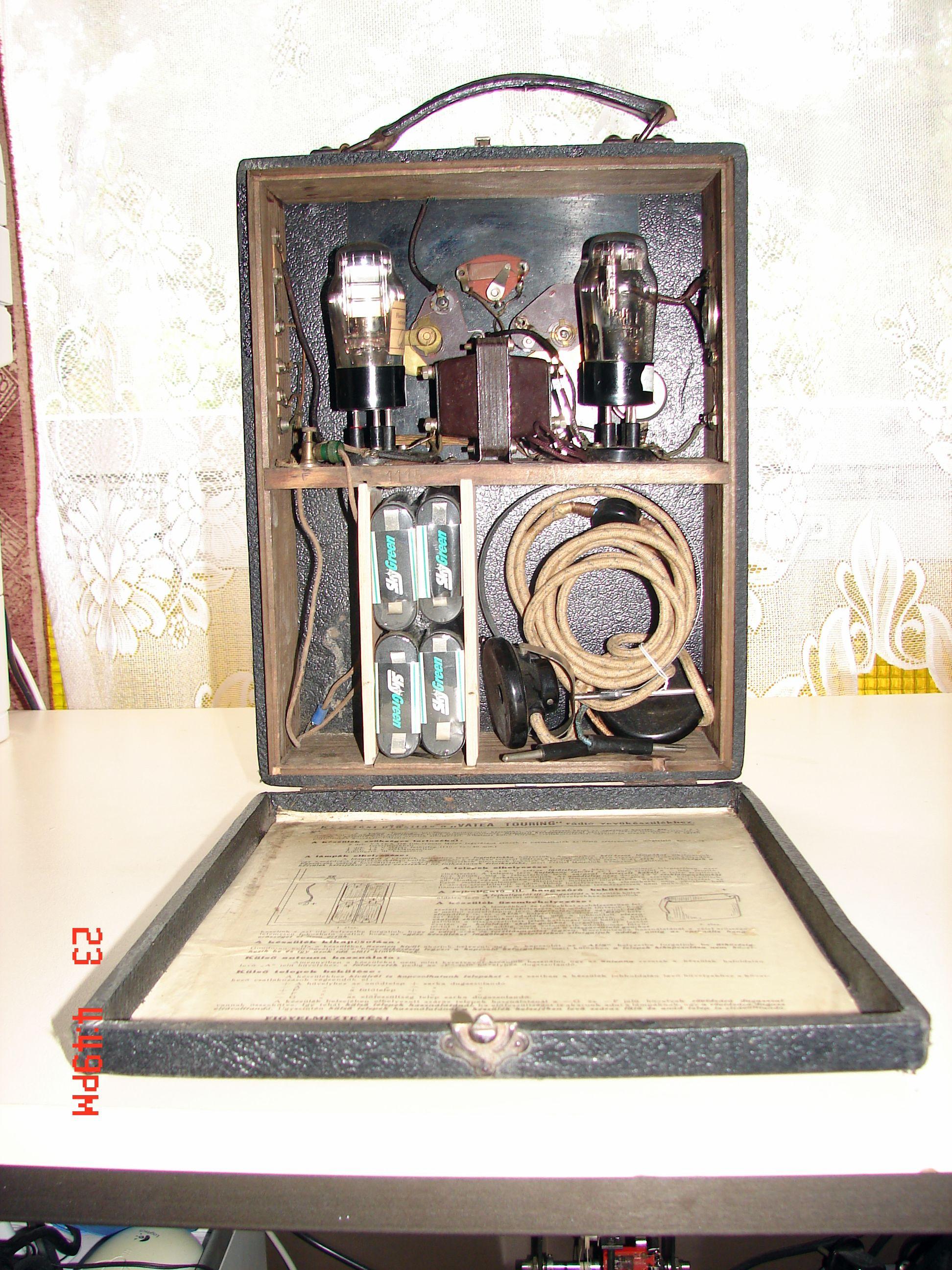 Táskarádió belső: Vatea Touring Portable 1930-32