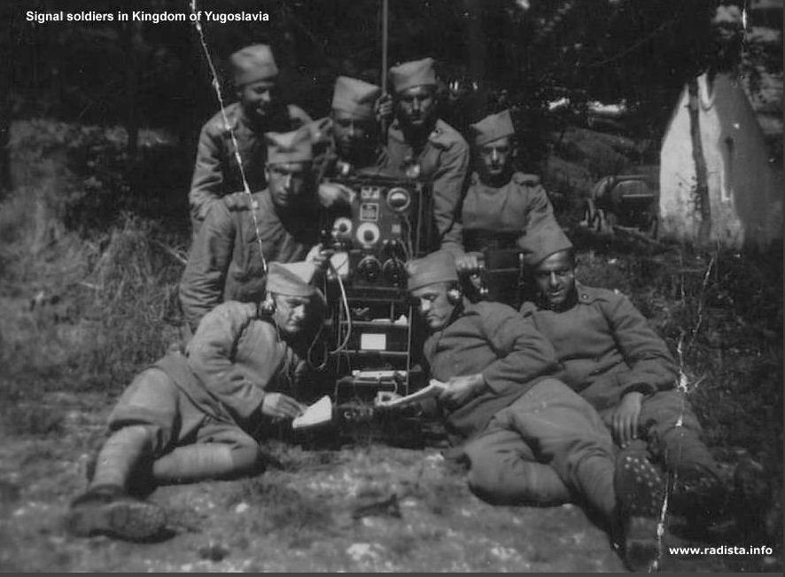Yugoszláv királyi híradó katonák