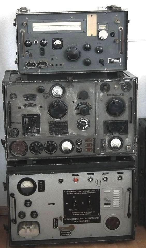 R -40 rádió állomás